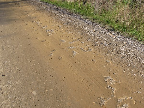 clay-coated road