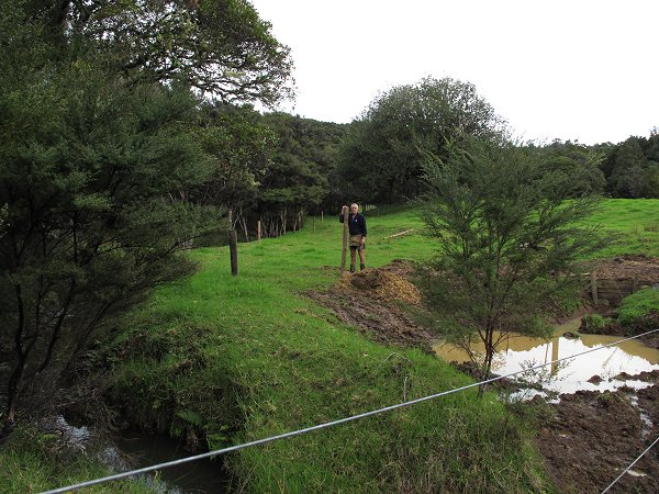 stream-side fencing
